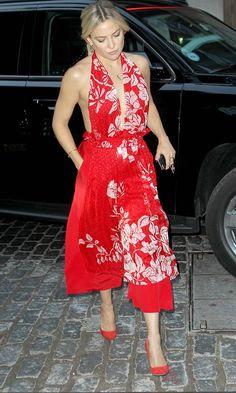 Kate Hudson Works A Dress Trouser Hybrid