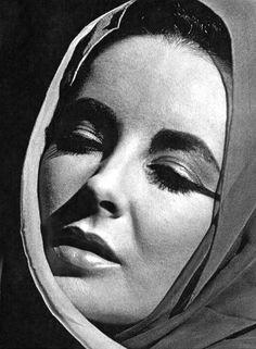 Elizabeth Taylor (1963)
