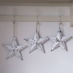 Beautiful peeling paint white wooden Amish barn star wall decor ...