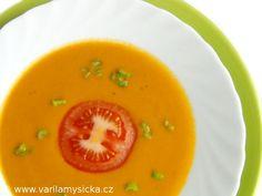 Krémová polévka s mrkví a červenou čočkou