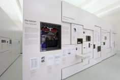 This exhibition expresses simplicity, pureness, generics, and flatness. It has an impression of humbleness which may suit the police center. Museum Exhibition Design, Exhibition Room, Exhibition Display, Design Museum, Interaktives Museum, Module Design, Museum Displays, Display Design, Display Wall