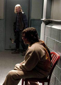 """""""Daryl et Dwight dans The Walking Dead Saison 7 Episode 3    La cellule """""""