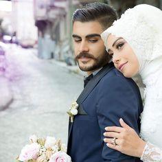 """691 Likes, 9 Comments - dugunfotografcisi düğünfoto (@esra.nalbantoglu) on Instagram: """"Beyza&Ahmet  çok çok çok Mutlu olun gelinbaşı makyaj tasarım uygulama @tuanammturban…"""""""
