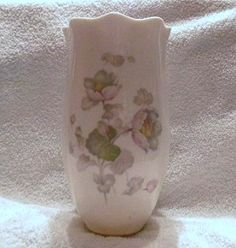 Vintage Andover China Company Decorative Floral Vase with Gold Accent Style #526 Black Stamp and Hand Numbered Andover China Company Allegheny New York http://www.amazon.com/dp/B00Y9BF0C4/ref=cm_sw_r_pi_dp_A17yvb1EFE9S7