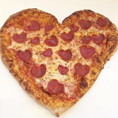 #valentinesday #valentines #heartpizza #heartshaped