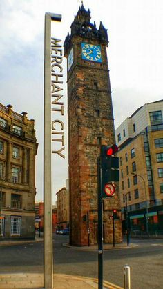 The Trongate Clocktower is a striking feature as its positioning brings it right out into the view of the entire street. The architecture on top of the tower is in Glasgow's iconic styling.