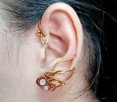 PHOENIX EAR CUFF- copper wire combine with Autralia crystals - copper jewelry - wire jewelry Ear Jewelry, Copper Jewelry, Jewelry Crafts, Jewelery, Handmade Jewelry, Jewelry Making, Copper Wire, Jewelry Ideas, Diamond Jewelry