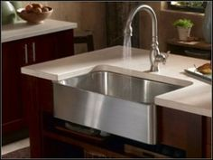 Cook's Kitchen Sink Love this modern twist on a farmhouse sink! Would be great in a mcm designed kitchen.