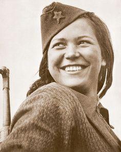 Niña partidaria en Rusia 1944