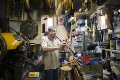 shoe repair shop - Recherche Google