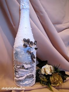 НОВОГОДНИЙ ДЕКОР ШАМПАНСКОГО Rustic Art, Bottle Painting, Album, Bottle Crafts, Craft Fairs, Decoupage, Recycling, Christmas Ornaments, Glass