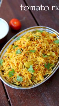 Tomato Rice Recipe (Step by Step With Images): Tomato rice is a native south Indian spicy food. It is served in lunch and dinner with little amount of curd or pickle. Spicy Recipes, Curry Recipes, Vegetarian Recipes, Cooking Recipes, Chicken Recipes, Chaat Recipe, Biryani Recipe, Recipe Recipe, Vegetable Pulao Recipe