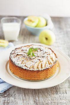 Chi vuole una fetta di questa deliziosa #Torta di mele?
