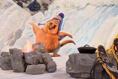 Everest VBS Camp Fire - Cozy fire made from painted Styrofoam and a simple electric campfire. Vbs Crafts, Bible Crafts, Everest Vbs, Mount Everest, Group Vbs, Vbs 2016, 2017 Vbs, Cave Quest Vbs, Mountain Decor