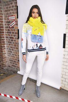 White Jeans, Berlin, Pants, Fashion, January, Trouser Pants, Moda, Fashion Styles, Women's Pants