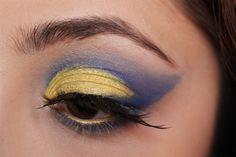 Sailor Uranus inspired makeup by http://www.tavietale.de/sailor-uranus/