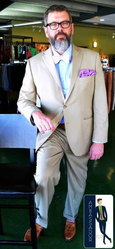 Hal found this Peter Millar suit & Brooks Brothers loafers on separate trips to us & we love how he put them together w/the Otis James tie & FLIP pocket square!