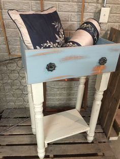 Do you have some leftover junk in your garage or basement, too? Here are some fun ideas for bringing life back to those doors drawers and windows Diy Dresser Makeover, Furniture Makeover, Diy Furniture, Automotive Furniture, Automotive Decor, Chair Makeover, Furniture Refinishing, Refurbished Furniture, Handmade Furniture