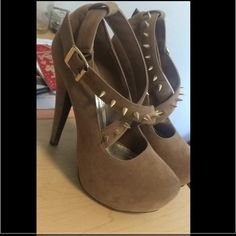 Baker shoes size 6.5 Nude. Smoke free house. Used once size 6 1/2. Too high for me Baker by Ted Baker Shoes