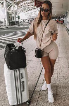 Spring /Summer outfits 5 Ways To Style Biker Shorts Airport outfit Airport outfit summer Biker Outfits Shorts Spring Style summer Ways Sporty Outfits, Swag Outfits, Cute Casual Outfits, Stylish Outfits, Fashion Outfits, Red Fashion, Miami Outfits, Womens Fashion, Fashion Hacks