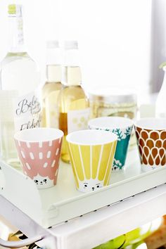 Oh what a friendly face... This stackable cup comes in three more coloured faces, brown, rose and green. Design by: Elisabeth Dunker