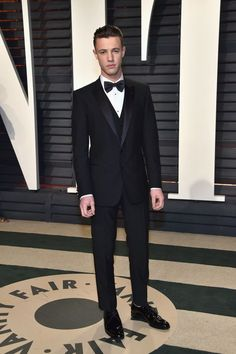 The 2017 Vanity Fair Oscar Party Menswear Looks You Need to See Photos | GQ