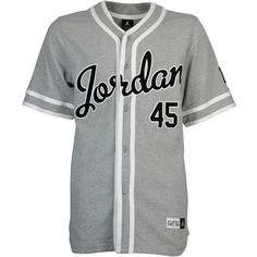 Nike Air Jordan Base Jersey | www.footlocker.eu ❤ liked on Polyvore featuring tops, shirts, jersey, jersey tops, jersey crop top, nike shirts, jersey knit tops and nike