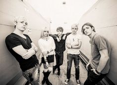 "R5 Performing On ""Good Morning America"""