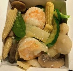 #shrimp #vegetables #waterchestnuts #corn #mushrooms #chinesefood #shanghaichinarestaurant #fooddelivery #takeout