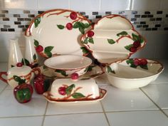 Your place to buy and sell all things handmade Apple Kitchen Decor, Kitchen Decor Themes, Apple Usa, Franciscan Ware, Fine China Dinnerware, Weller Pottery, Vintage Kitchenware, Vintage Pottery, Salts
