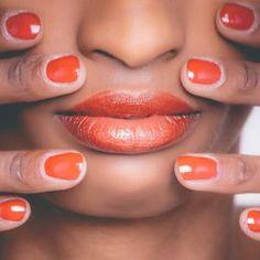 5 ways to get rid of dark circles naturally - prinbs beauty Chapped Lips, Dry Lips, Soft Lips, Aleo Vera, Aloe Vera Gel, Dead Skin, Dark Circles, 5 Ways, Lip Balm