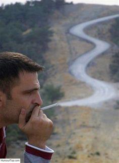 Fumée de cigarette bizarre