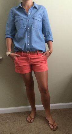 Everyday Styled: Weeknight Out Summer Shorts Outfits, Shorts Outfits Women, Crop Top Outfits, Casual Summer Outfits, Short Outfits, Spring Outfits, Dressy Outfits, Orange Shorts Outfit, Chic Outfits