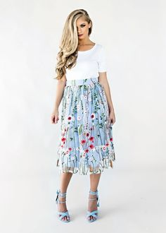 Summer in Paris Skirt, Blonde Hair, Fashion, Style, Womens Fashion, Fall, Fall fashion, Makeup, Hair, floral, embroidered skirt