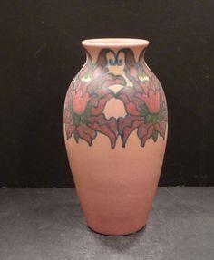 charles stewart todd rookwood | Rookwood vase pink, 1921.