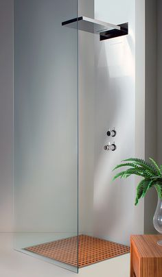 Wall Mounted Shower Head gives a rain or waterfall effect