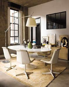 Industrial Loft Dining Room // Creative Flats Montréal // Jean Longpré // House & Home January 2011 issue