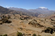 Bolivia, 4000 m.  At the left Nevada Mururata (5868 m), at the right Nevada Illimani (6439 m).