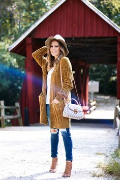 fec379b7811 Layering Up for Fall I m this cozy chenille cardigan! Fall Fashion Outfits