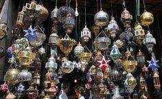 Here are few different ways that you can incorporate Moroccan lanterns into your home even though it does not have high ceilings. Moroccan Lanterns, High Ceilings, Backyard Patio, Patio Ideas, Yards, Christmas Bulbs, Holiday Decor, Home Decor, Tall Ceilings