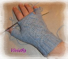 Tricoter facile Crochet Mittens, Fingerless Gloves, Arm Warmers, Couture, Wool, Knitting, Images, Patterns, Tips