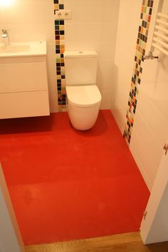 baño completo piso ,suelo caucho,centro ,san sebastian Toilet, Bathroom, Natural Rubber, Flooring, Apartments, Centre, Washroom, Litter Box, Bathrooms