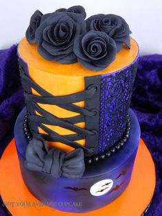 The Haunted Corset ... A Wedding Cake by Sharon A. - http://cakesdecor.com/cakes/260856-the-haunted-corset-a-wedding-cake