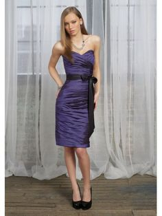 Taffeta Strapless Pleated Sweetheart Knee-length Bridesmaid Dress
