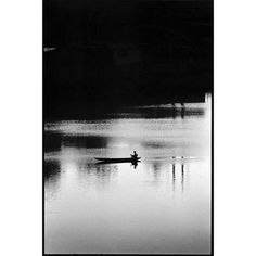Walter Rothwell(@walter_rothwell) • Instagram 사진 및 동영상 Cameras For Sale, Iphone Camera, Street Photographers, Magnum Photos, Insta Pic, Dhaka Bangladesh, Black And White, Photography, Instagram