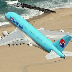 Korean Air's biggest bus, the Airbus seen departing Los Anglese intl. Airp… – All Pictures Airbus A380, Korean Air, Jumbo Jet, Cargo Airlines, Commercial Aircraft, Civil Aviation, Air Travel, Space Exploration, Military Aircraft