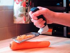 Easi Grip Grater has a large built up handle that allows more pressure to be applied while grating. Easi Grip Grater handle is angled to keep the hand and wrist in a neutral stress free position. Ergonomic grater makes grating food easier for disabled. Cooking Gadgets, Cooking Tools, Kitchen Gadgets, Kitchen Tools, Kitchen Utensils, Kitchen Dining, Repetitive Strain Injury, Pex Tubing, Hand Therapy