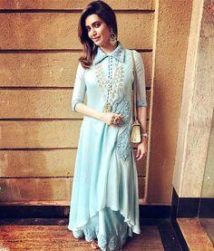 Celebrity Style Clothes by Fashion Designer Anoli Shah - Designer Dresses Couture Pakistani Dresses, Indian Dresses, Indian Outfits, Indian Attire, Stylish Dresses, Casual Dresses, Fashion Dresses, Long Dresses, Hijab Fashion