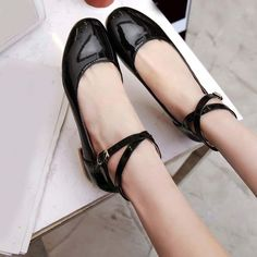 Womens Flats Patent Leather Ballet Pumps Ankle Strap Ballet Boat Shoes Plus Size