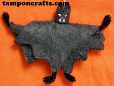 Halloween Crafts - Tampon Projects - Tampon Bat and Tampon Ghost